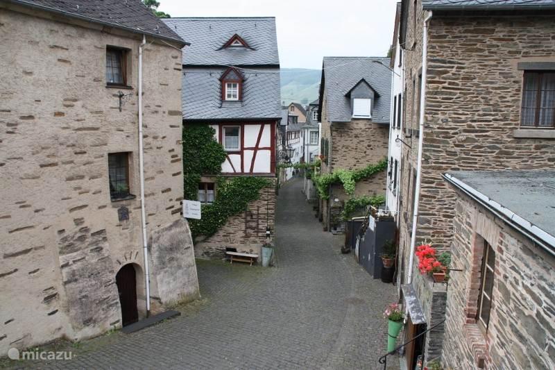 Beilstein,middeleeuws stadje aan de Moezel op 8 km afstand