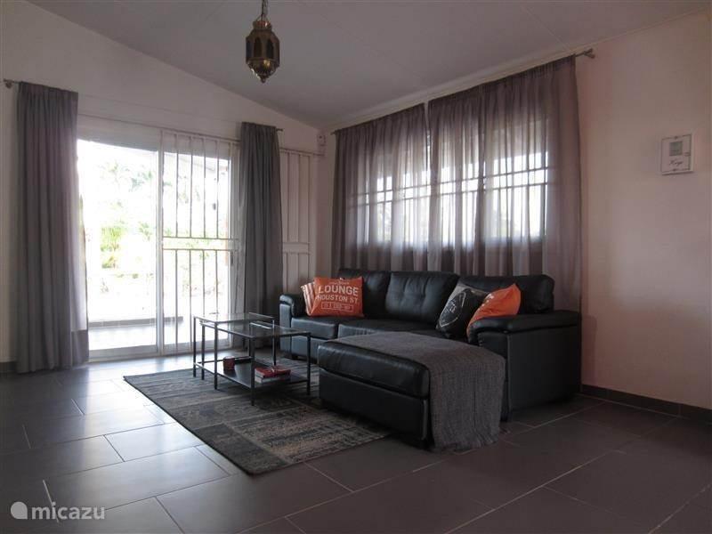 Vakantiehuis Suriname, Wanica, Leiding Vakantiehuis Om De Hoek