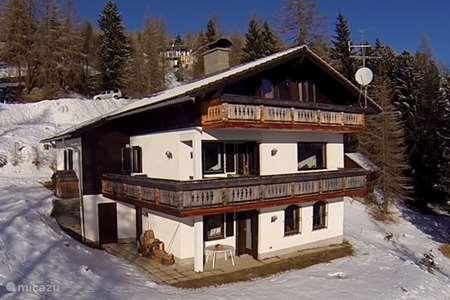 Ferienwohnung Österreich, Kärnten, Hochrindl chalet Villa Alpenblick ( Piste nähe)