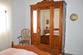 Slaapkamer 2 met bed 1.60x2.00 meter.