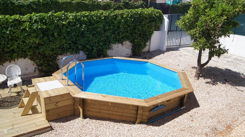 Private pool 4,5 by 4,5 meters