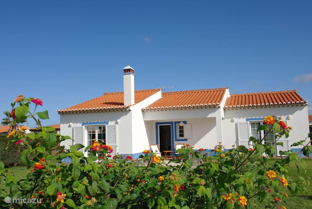 Vacation rental Portugal, Algarve, Aljezur holiday house Nice holiday home near the coast