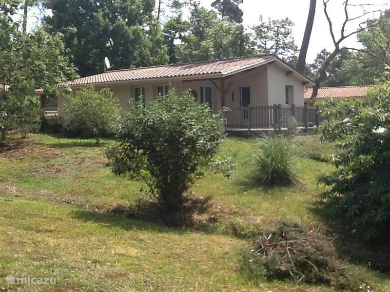 Vacation rental France, Charente, Brossac Holiday house Maison 1:05