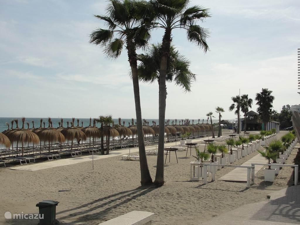 Heerlijk rustig, luxe strand van San Pedro de Alcantara.