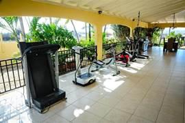 Mogelijkheid om de sport toestellen te gebruiken die op de patio bij het grote huis staan