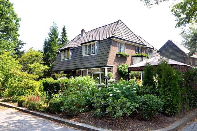 Vakantiehuis Nederland, Utrecht, Driebergen Villa Utrechtse Heuvelrug 5 slaapkamers
