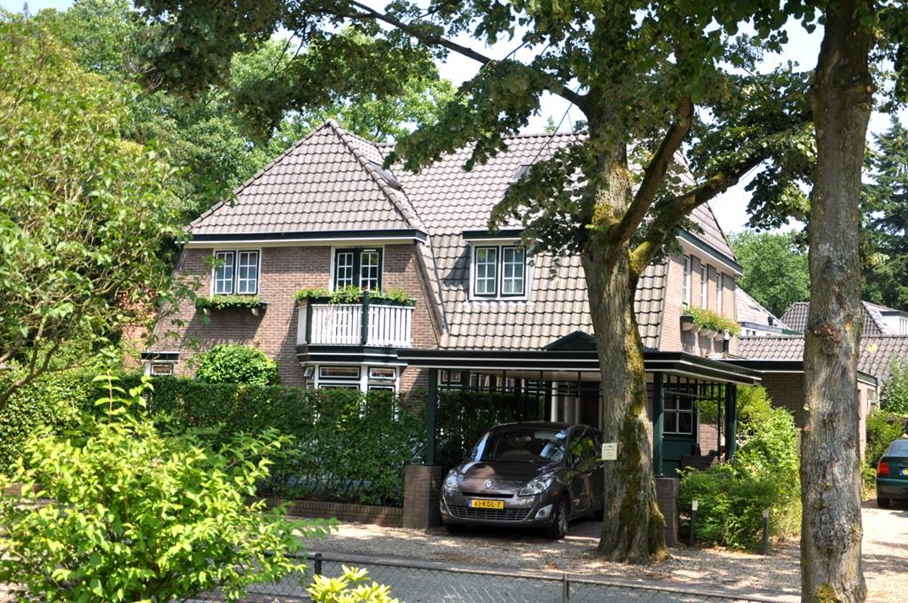 Elf dagen in een villa bij een bos in Driebergen voor duizend euro.