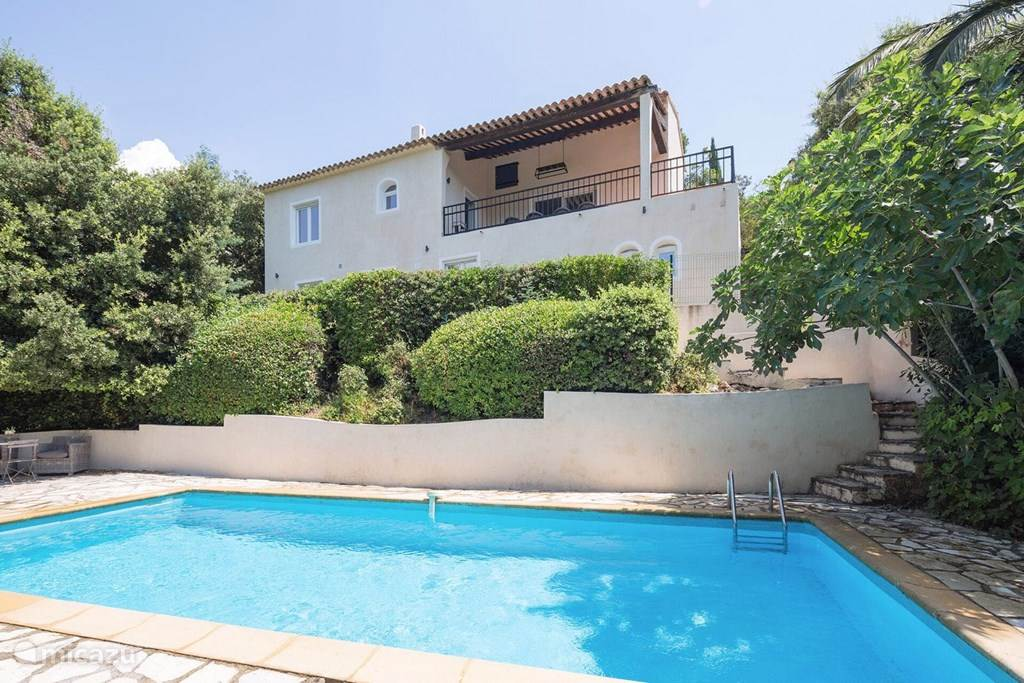 Vacation rental France, French Riviera, Les Issambres holiday house Villa Le Saut du Loup