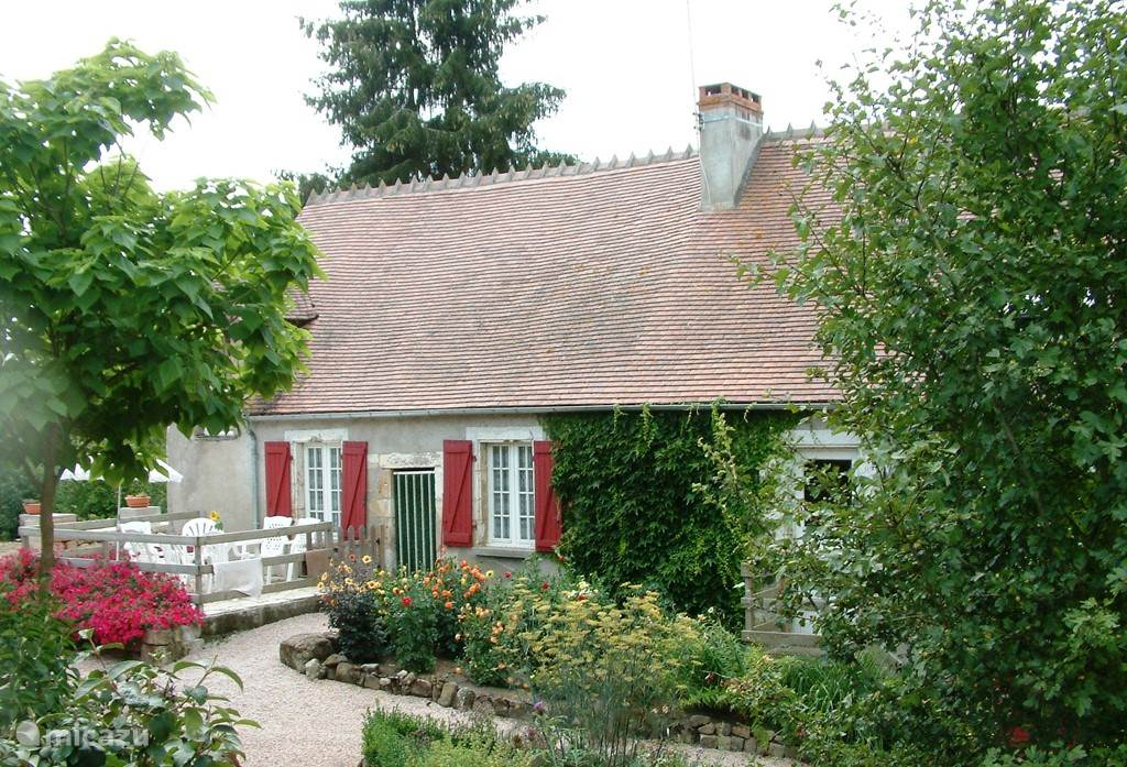 Vacation rental France, Auvergne, Ygrande holiday house Moulin du Coupied