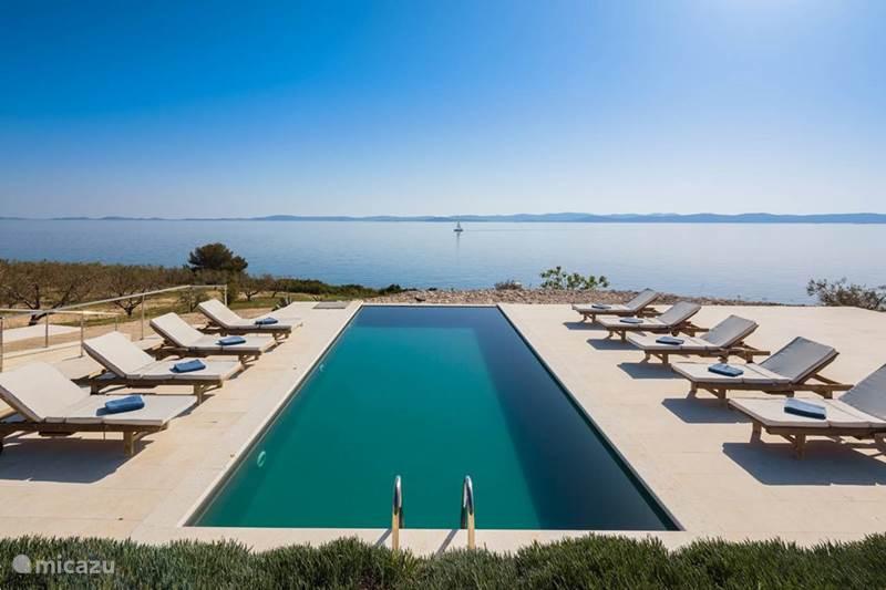 Vacation rental Croatia, Dalmatia, Zizanj Villa Luxury villa Zizanj
