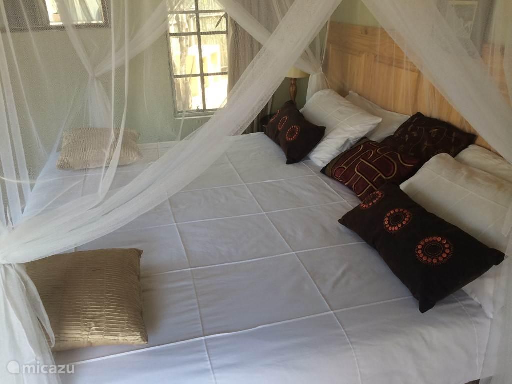 Slaapkamer 2  1, 2-persoonsbed of 2x 1 persoonsbed