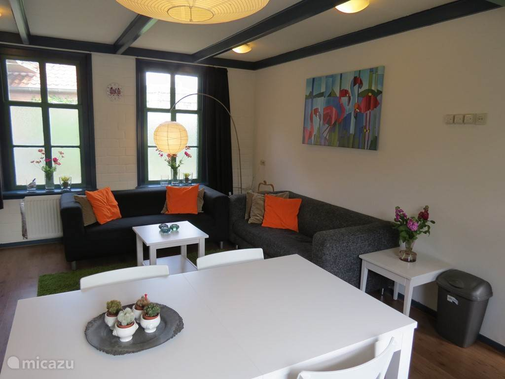 Vakantiehuis Nederland, Zuid-Holland, Roelofarendsveen Geschakelde woning Midden in de Randstad