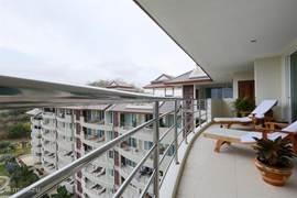 het balkon bij de woonkamer
