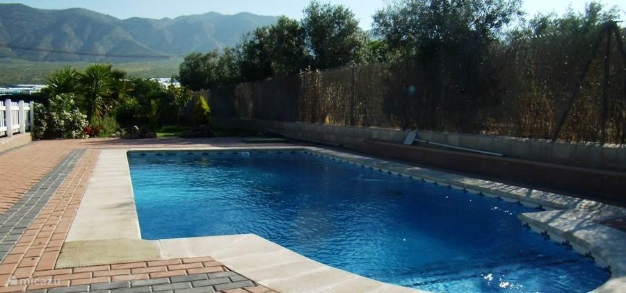 Helemaal voor U privé zwembad voor de familie!