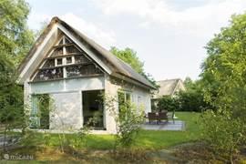 Luxe en vrijstaand 8-pers.huis  'De Groene Weelde'