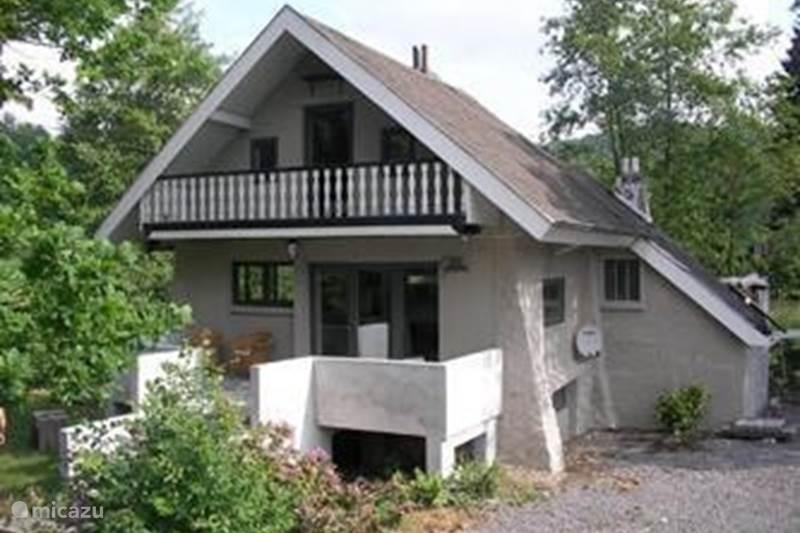 ferienhaus colibri in durbuy ardennen belgien mieten micazu. Black Bedroom Furniture Sets. Home Design Ideas