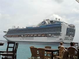 Cruiseschepen doen Bonaire graag aan!