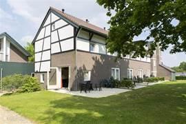 Vakwerkhuis,met prachtig uitzicht over het Zuid-limburgse heuvelland!