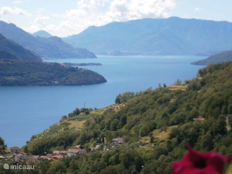 Vacation rental Italy, Lake Como, Vercana apartment Agriturismo appartement b.g.