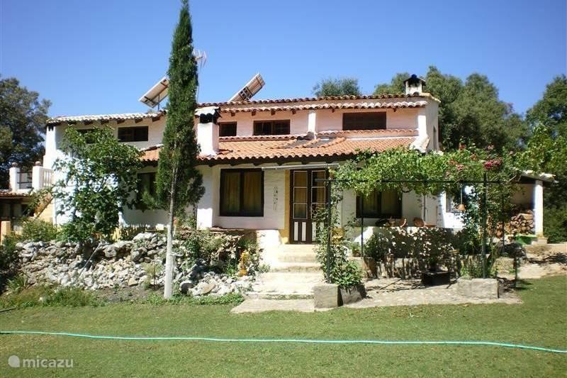finca las casta etas in villacarrillo andalusien spanien. Black Bedroom Furniture Sets. Home Design Ideas