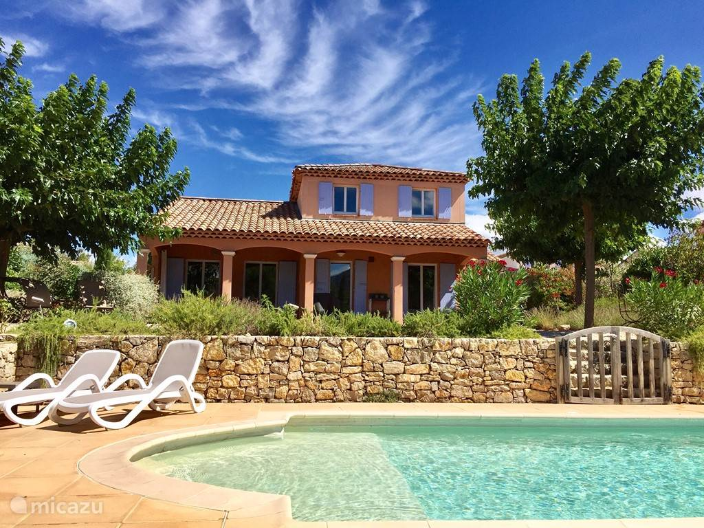 Vacation rental France, Provence, Nans-les-Pins – villa Villa Fleur