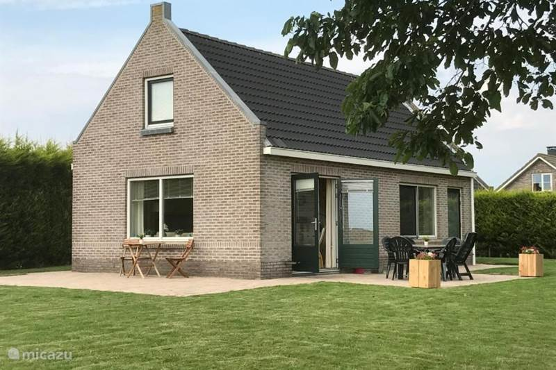 Vakantiehuis Nederland, Friesland, Tzummarum Vakantiehuis Stinswoning Tzummarum