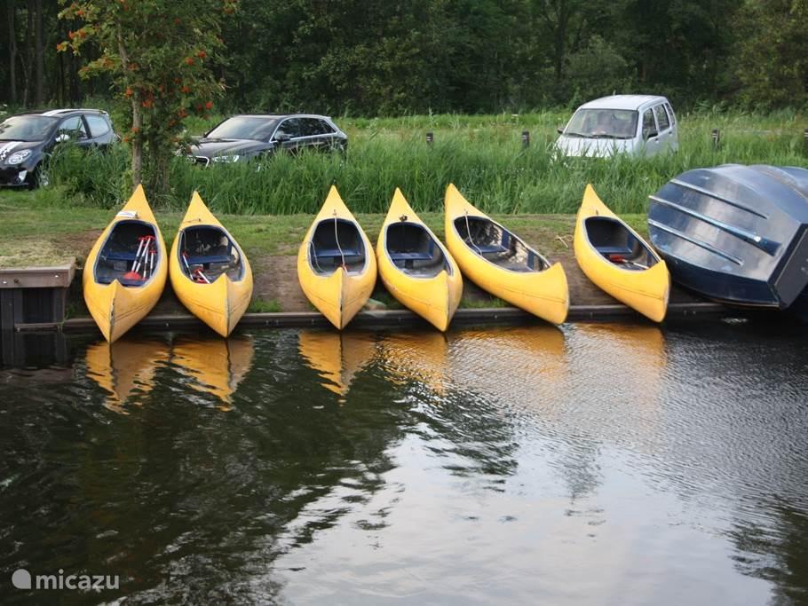 Ook kano's te huur.