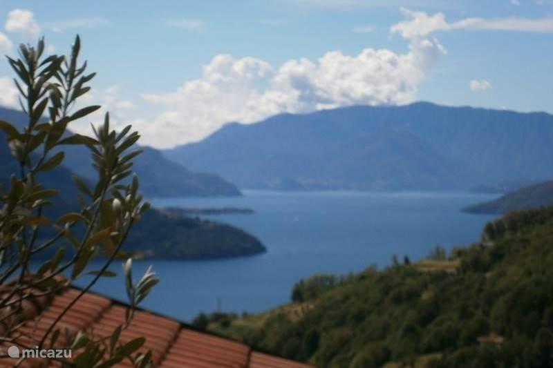 Vakantiehuis Italië, Comomeer, Vercana Appartement Agriturisme  eerste etage meerzicht