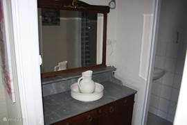 Een sfeervolle badkamer.