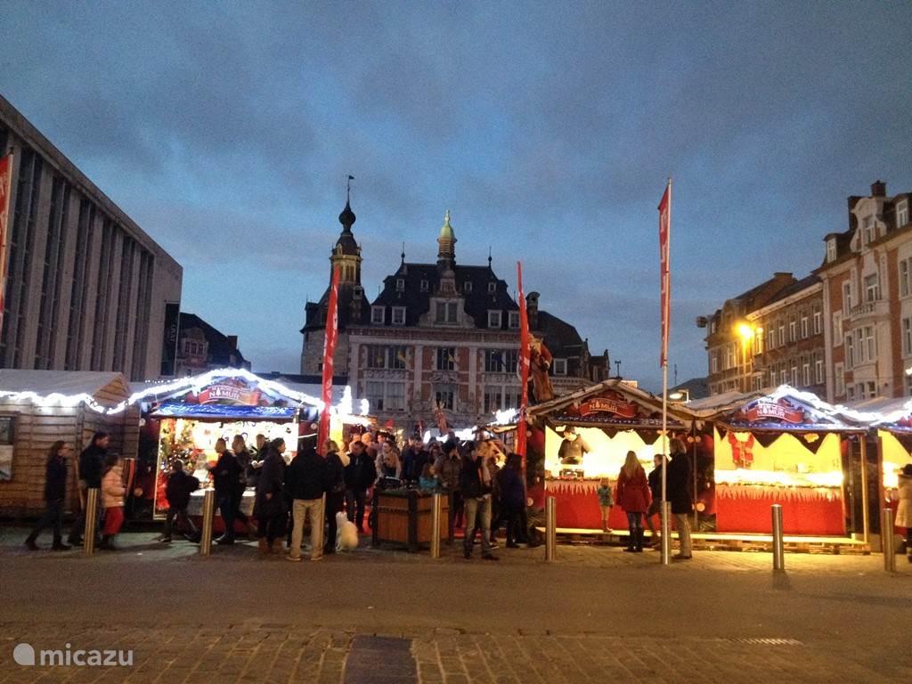 gezellige Kerstmarkt in Namen