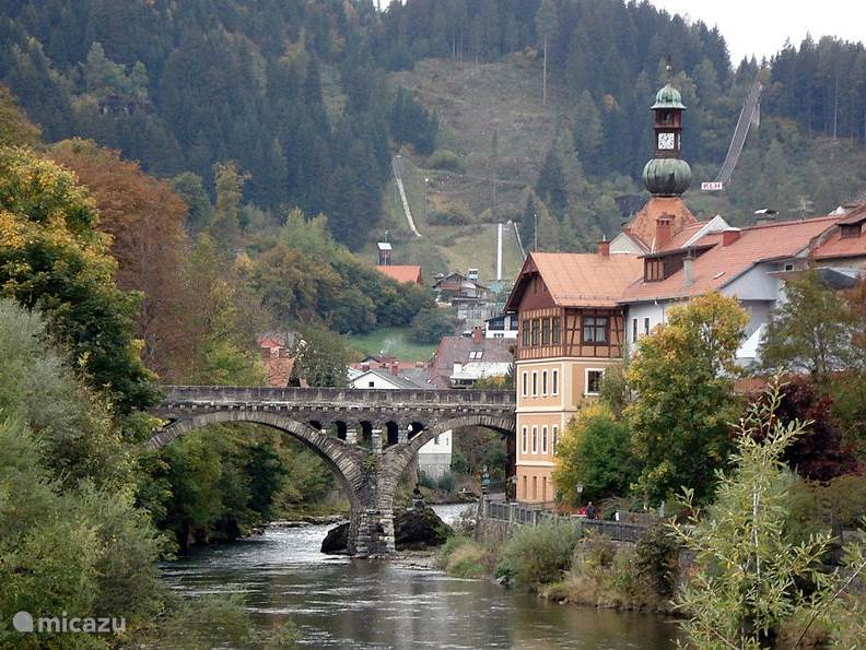 Historic town of Murau has a nice center with shops, supermarkets, bars, restaurants and numerous medieval sights.