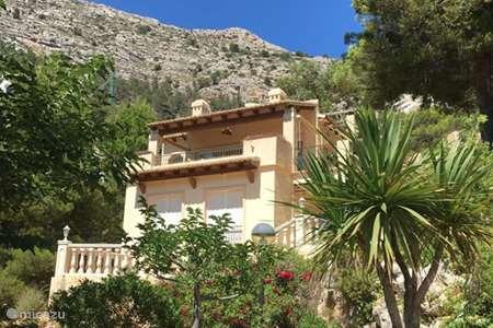 Vacation rental Spain, Costa Blanca, Altea Hills villa Casa van Gameren & Rider