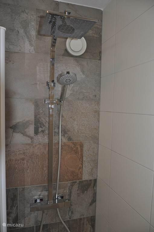 Heerlijke (stort)douche!