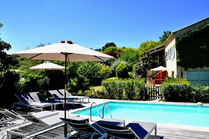 villa villa le paradis in cazedarnes languedoc roussillon. Black Bedroom Furniture Sets. Home Design Ideas