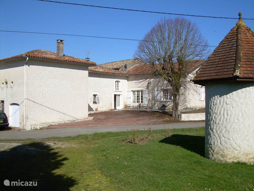 Vacation rental France, Charente, Lamérac - holiday house Le Veysset