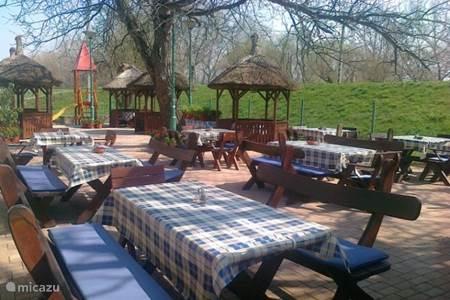 Visrestaurant in Szazhalombatta