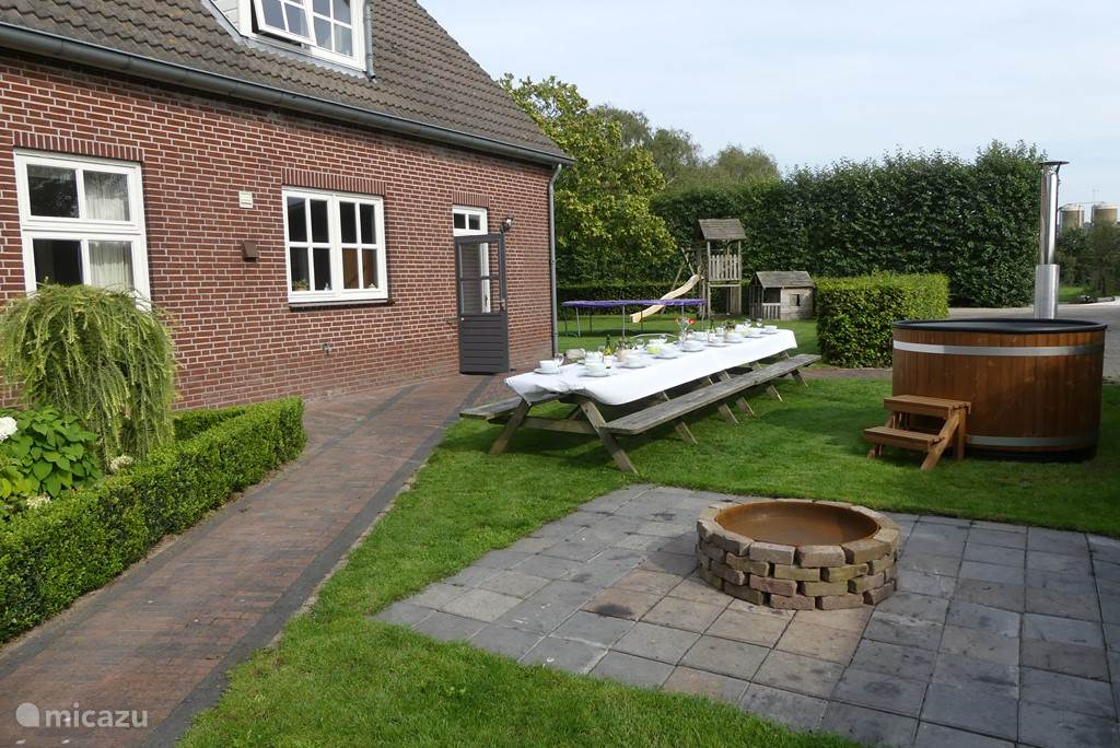 Vacation rental Netherlands, North-Brabant – holiday house Wooded estate