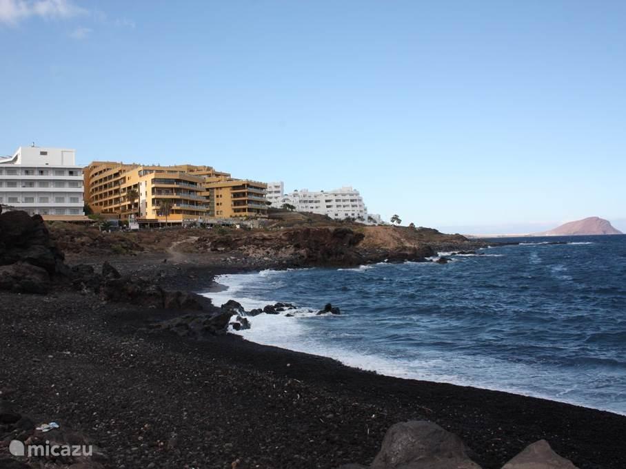 Complex gefotografeerd vanaf het strand