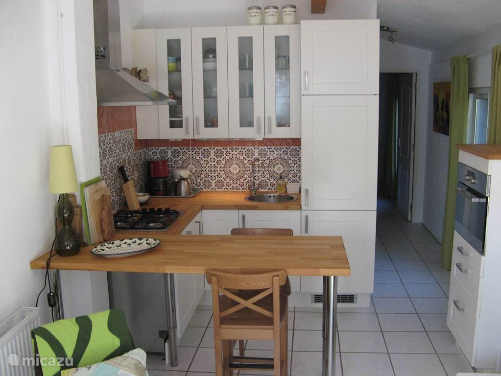 Fully equipped kitchen including dishwasher and microwave / oven.