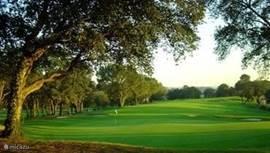 PGA CAtalunya een golfbaan met 18 holes op 5 minuten afstand van de villa.