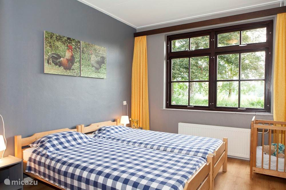 Slaapkamer met mooi uitzicht