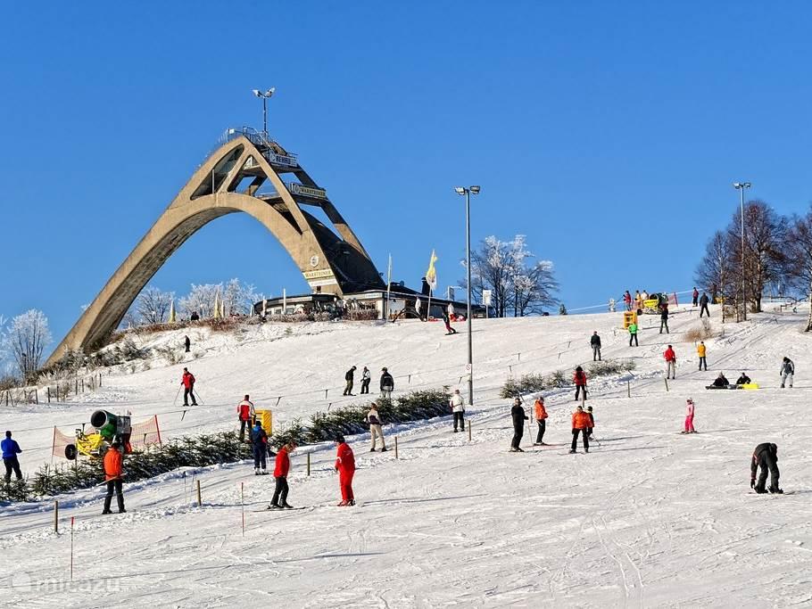 Winterberg betekent wintersport met heel veel plezier .