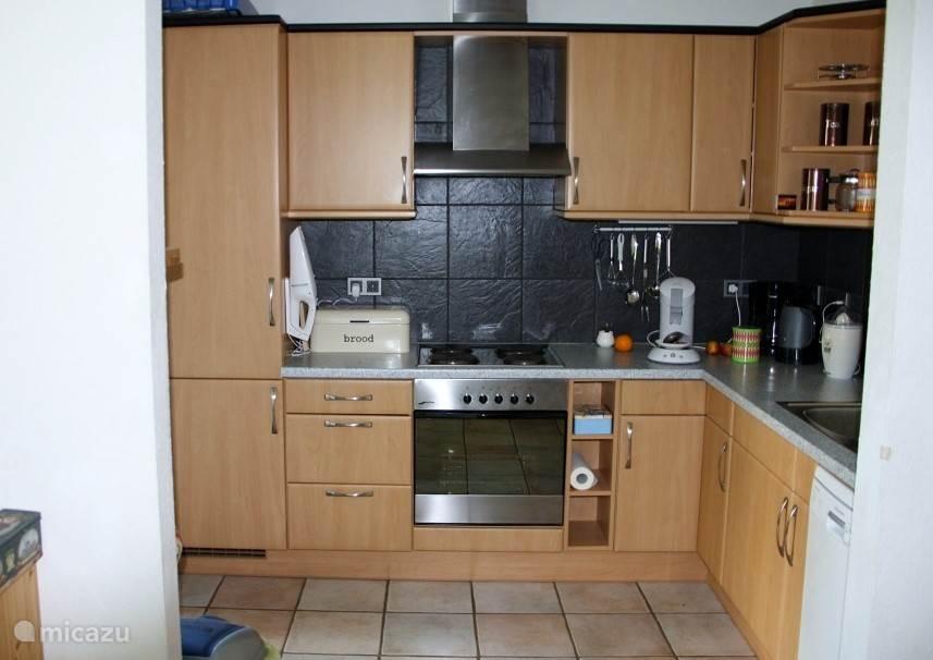 Keuken, volledig uitgerust, incl. vaatwasser.