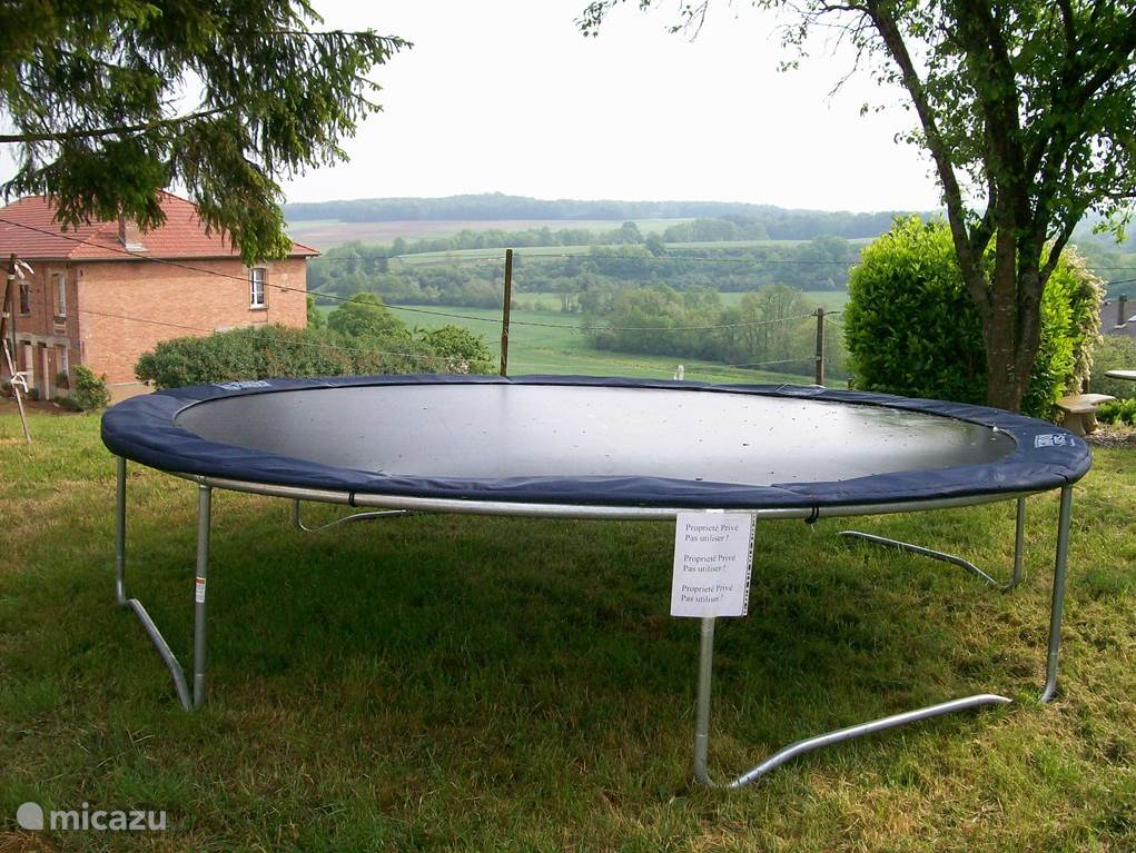 Large trampoline and views of the valley of the river l'Agron from the garden.