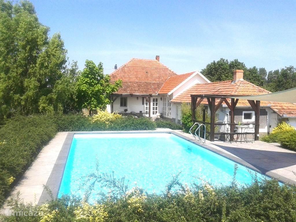 Vacation rental Hungary, Bükk Mountains, Szentistván Manor / Castle Mansion Marcello