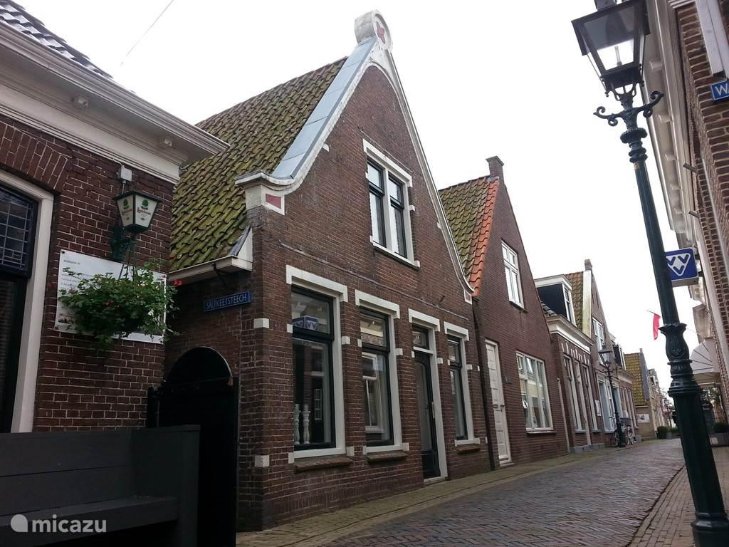 Vacation rental Netherlands, Friesland – holiday house Old Zeilmakerij