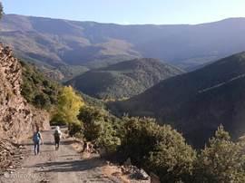 Wandelen in de Sierra Nevada in oktober.