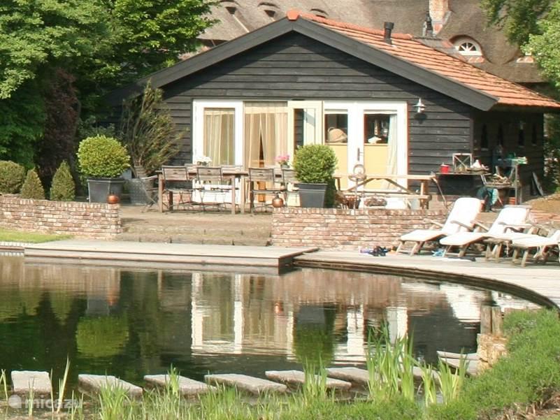 g te h tte romantische gasthaus mit schwimmteich in oirschot nordbrabant niederlande mieten. Black Bedroom Furniture Sets. Home Design Ideas