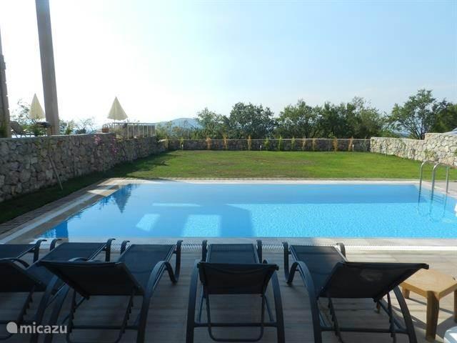 onze villa ligt tussen Fethiye en Ölüdeniz, in Ovacik-Hisaronu, op de heuvels van het Babadag-gebergte.