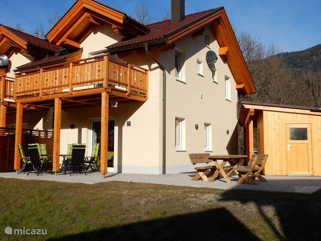 Spacious terrace with carport located on the Southwest. Delicious breakfast in the sun overlooking the mountains.